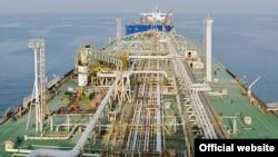 از زمان اجرایی شدن تحریمهای یکجانبه آمریکا علیه ایران، ۲۰ کشور، به عبارتی تمامی خریداران عمده و بعضی از خریداران خرد نفت ایران، از این تحریمها معاف شدهاند.