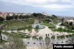 Binəqədinin yenidən qurulmuş Heydər parkı, 2013