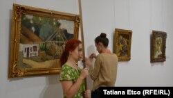 Tablourile pictorului român Ștefan Luchian într-o expoziţie la Chişinău