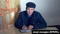 Аким Кожоев өзү туулган Депшаар айлында иш үстүндө