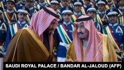 Kral Salman bin Əbdüləziz (sağda) və vəliəhd Məhəmməd bin Salman (solda)