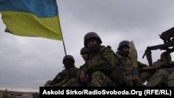 Ілюстраційне фото: українські війська на позиціях біля Маріуполя