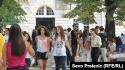 Zašto mladi ne vide budućnost u Crnoj Gori?