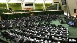 مصوبه مجلس برای پیوستن ایران به کنوانسیون پالرمو و اختلاف جناحها
