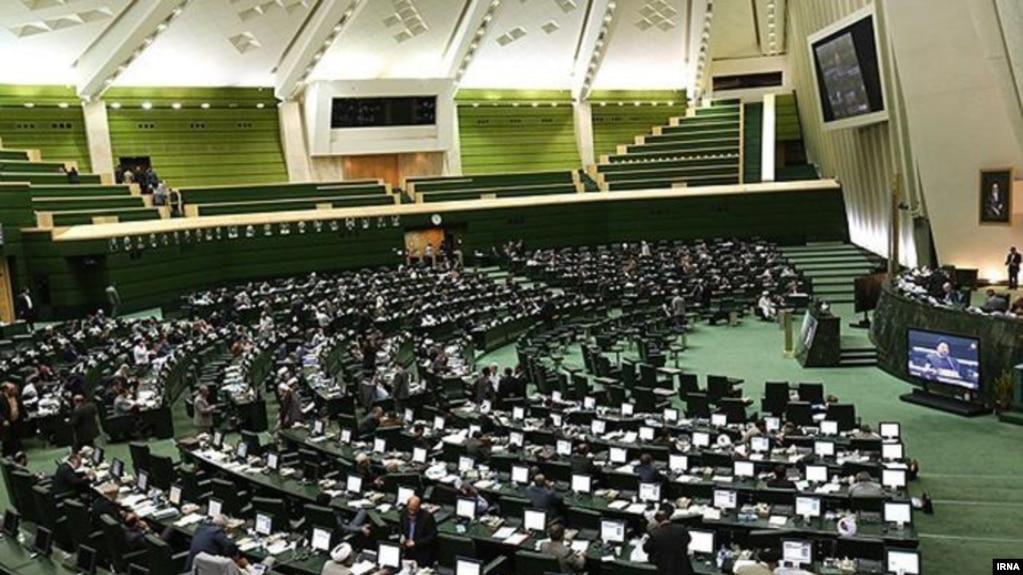 رهبر ایران «اجازه» برداشت چهار میلیارد دلار از صندوق توسعه ملی را داده است