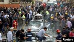 حمله تروریستی مقابل سفارت جمهوری اسلامی ایران در بیروت به مرگ رایزن فرهنگی ایران و ۲۵ نفر دیگر انجامید.