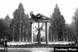 Пам'ятник в Будапешті, присвячений подіям 1944 року