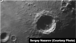 Фотография лунного кратера Коперник, сделанная в КрАО