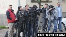 Novinari ispred Višeg suda u Podgorici čekaju izjave
