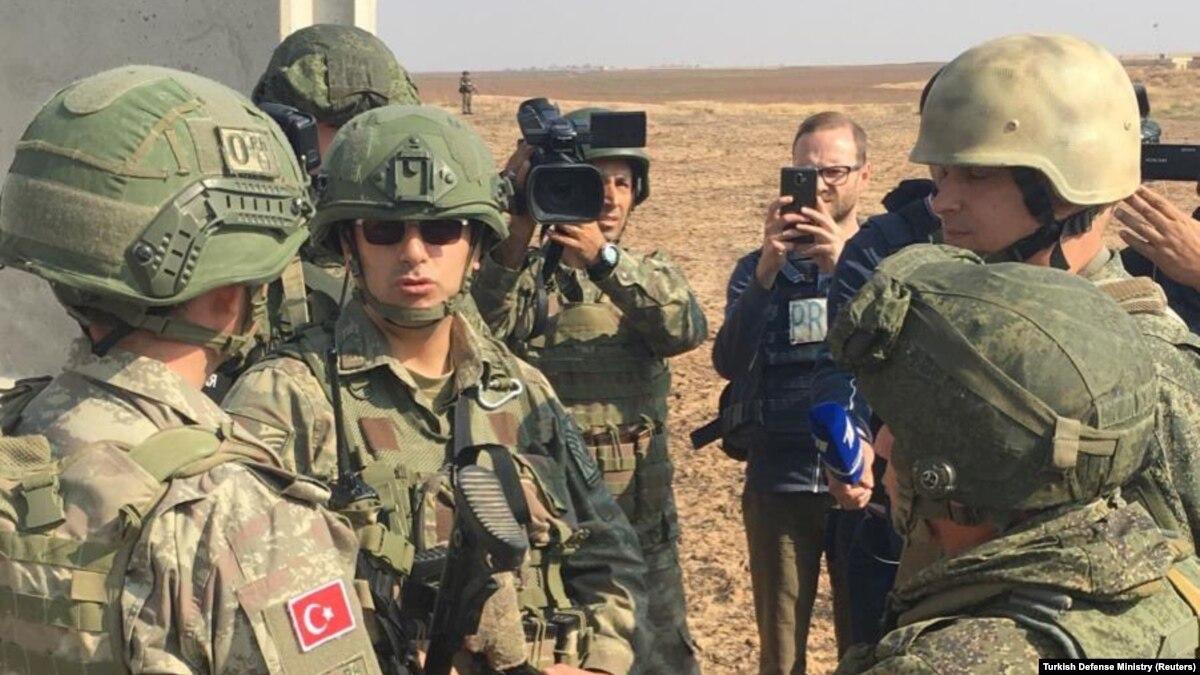 Турция и Россия начали совместное патрулирование в Сирии