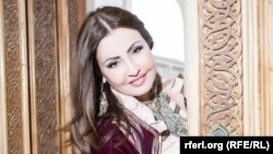 Singer Aziza Niyazmetova was censured by Uzbek authorities days after she defended another singer who had been widely criticized on social media.