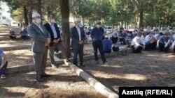 Турецкому санитарному самолёту разрешили прилететь только 9 июля. Тело Кемаля Учкуна было перевезено в его родной город Денизли на юге Турции, где его похоронили 12 июля.