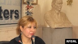 الباحثة والكاتبة جنان العيدان