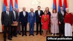 Armenia - Prime Minister Nikol Pashinian (C) poses for a photograph with visiting members of the European Parliament, Yerevan, 18 June 2018.
