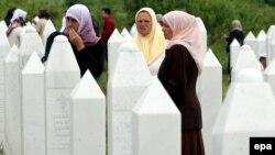 Sahrana zvorničkih Bošnjaka ubijenih početkom devedesetih