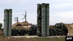 Российские комплексы ПВО С-400 в Сирии.