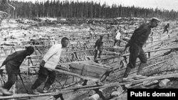 Заключенные ГУЛАГа. Фото 1930-х годов.