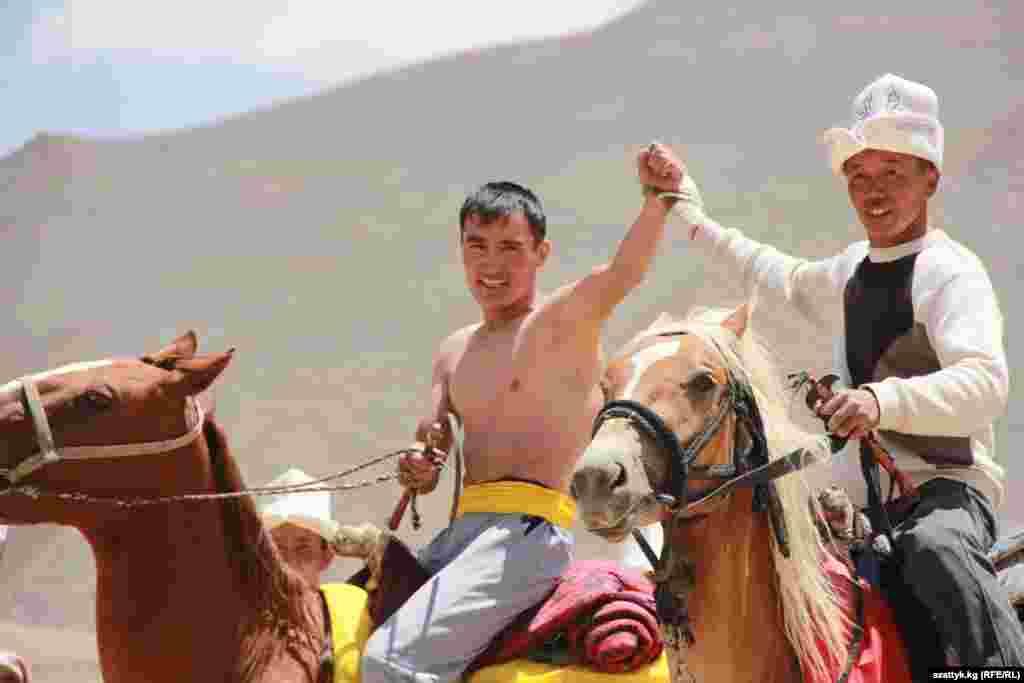 Восточный Памир. Конные скачки