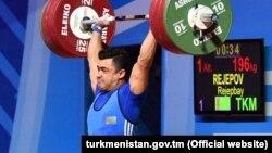 Türkmen türgeni Rejepow Rejepbaý.