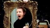 """Andrey Myaqkov """"Taleyin ironiyası və ya həmişə təmizlikdə"""" filmində (1975) Jenya Lukaşin rolunda"""