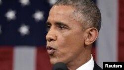 Президент США Барак Обама выступает перед конгрессом с докладом о положении страны 20 января 2015 года.