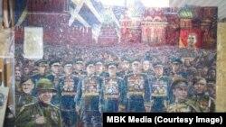 Серп, молот, Сталін, Путін та Ісус: у Москві завершують будівництво собору «до 75 річниці перемоги» – фоторепортаж
