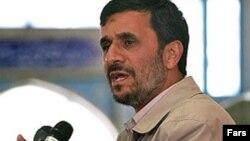 د ایران پخواني ولسمشر محمود احمدي نژاد