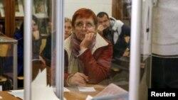 La o secție de votare din Kiev, 25 octombrie