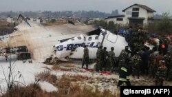Рятувальники на місці авіакатастрофи в Катманду, Непал, 12 березня 2018 року