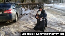 Лия Милушкина упала в обморок после суда по мере пресечения