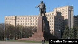 Ուկրաինա - Լենինի արձանը Խարկովում, արխիվ