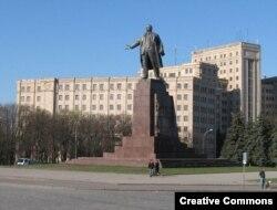 Памятник Ленину в Харькове