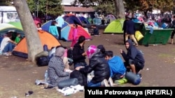 Палаточный городок беженцев в Белграде