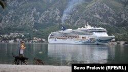 Kruzing brodovi u Stari grad Kotor dovode preko pola miliona turista