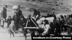 Беженцы под Сталинградом, октябрь 1942 г.