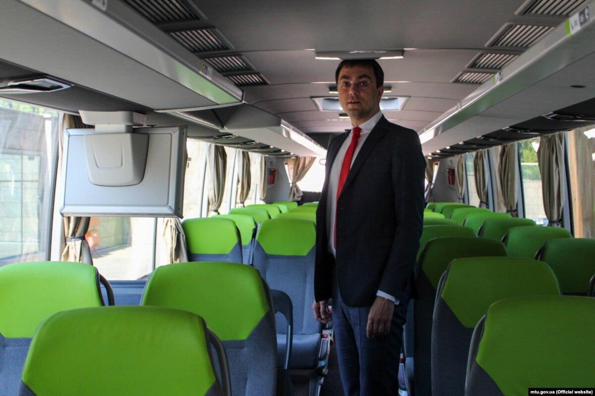 Омелян повідомив про вихід на ринок України найбільшого в Європі автобусного оператора