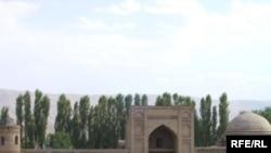 Хисорская медресе в Таджикистане
