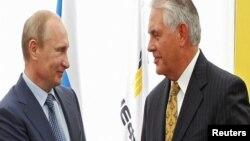 Vladimir Putin və Donald Trump-ın dövlət katibi təyin etdiyi Rex Tillerson