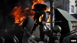Столкновения протестующих с милицией в Киеве