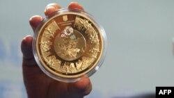 Украинаның Еуро-2012 чемпионатына арнап шығарған монетасы. 27 желтоқсан 2011 жыл.
