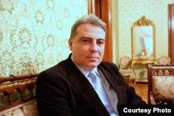 Istoricul Adrian Cioroianu, decanul Facultății de Istorie de la București (foto arhivă)