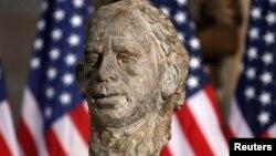 Busti i Havelit në selinë e Kongresit amerikan.