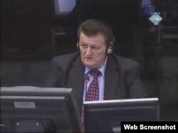Milan Lešić svjedoči na suđenju Radovanu Karadžići, 22. veljače 2012.