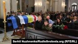 Прощання із загиблим військовим медиком Миколою Іліним – фоторепортаж