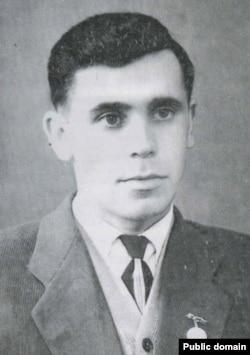 Ленур Ибраимов – крымскотатарский поэт, активный участник крымскотатарского национального движения, политзаключенный
