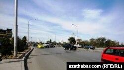 Şu ýylyň awgust aýynda Türkmenistanyň awtomobil ulaglary we gara ýollar ministri Serdar Berkeliýewe käýinç berlipdi.