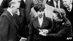 Советтик лидер Михаил Горбачев, аялы Раиса Горбачева, Улуу Британиянын өкмөт башчысы Маргарет Тетчер менен. 16-декабрь, 1984-жыл.