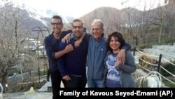 ممانعت از خروج همسر کاووس سیدامامی از ایران؛ دیدگاه هادی قائمی