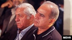 پرویز پروستویی و عزت الله انتظامی دو هنرمند سرشناس ایرانی. عکس از مهر