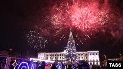 Как Крым отпраздновал приход Нового года (фотогалерея)
